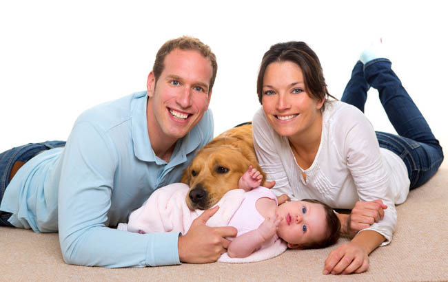 http://petaxi.gr/wp-content/uploads/2017/02/Ebola-Blog-family-with-dog-17237555_ml-2.jpg